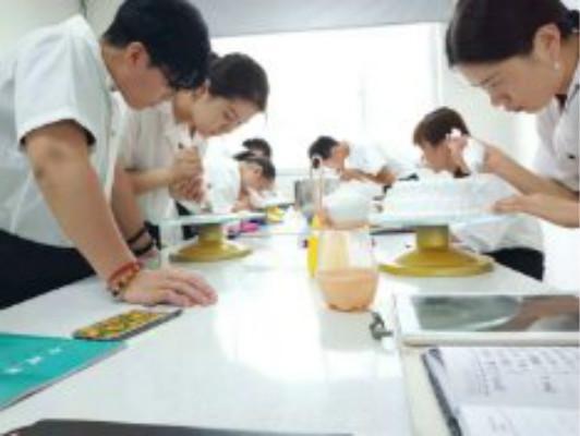 山东菏泽烘焙培训西点培训-西点烘焙培训学校哪里能学到?