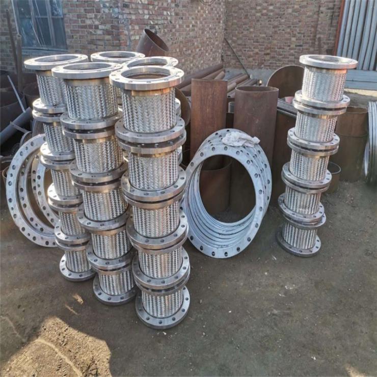 厂家推荐:304不锈钢带法兰金属软管