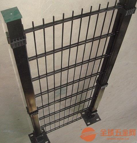 双边防护网护栏网,边框护栏网,体育场围栏