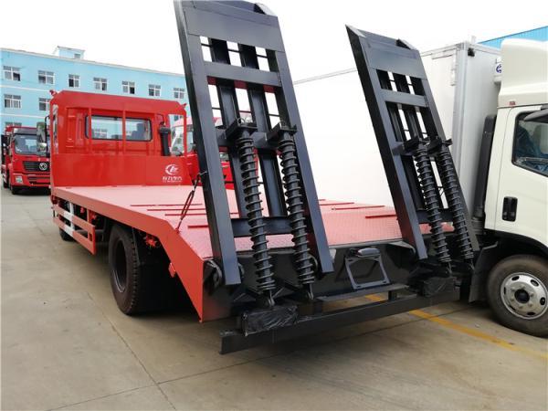 单桥国五排放的钩机平板拖车低价处理