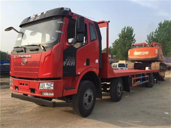 解放小三轴平板运输车价格拉18吨挖机平板车