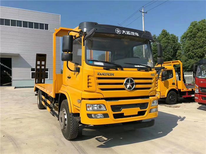 8吨大运G6挖机拖车