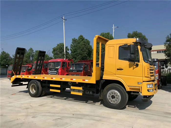 8吨成都大运挖机拖车