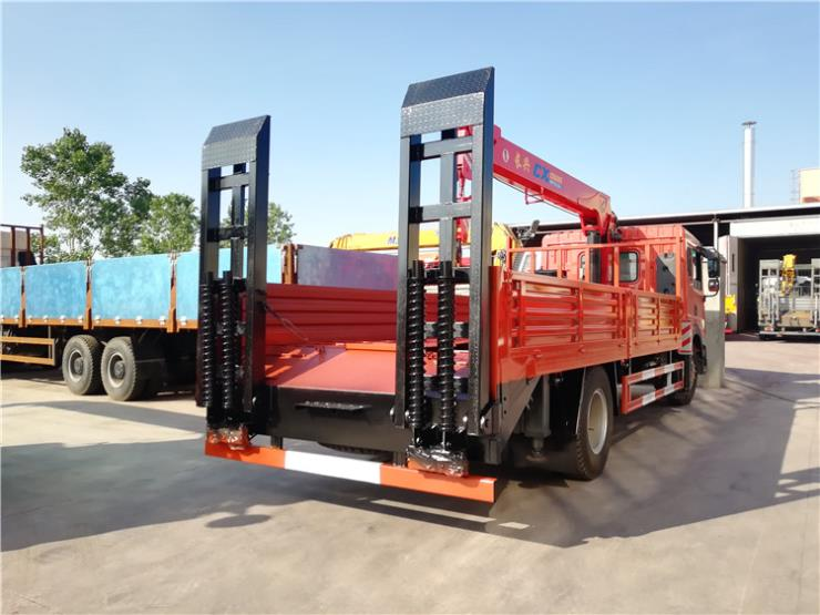 江淮格尔发平板拖车15吨挖机平板车车