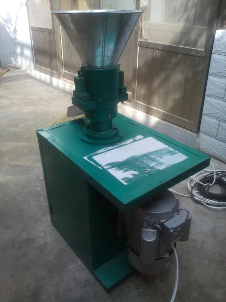 自吸式大米粉碎机长期供应动力电燕麦粉碎机