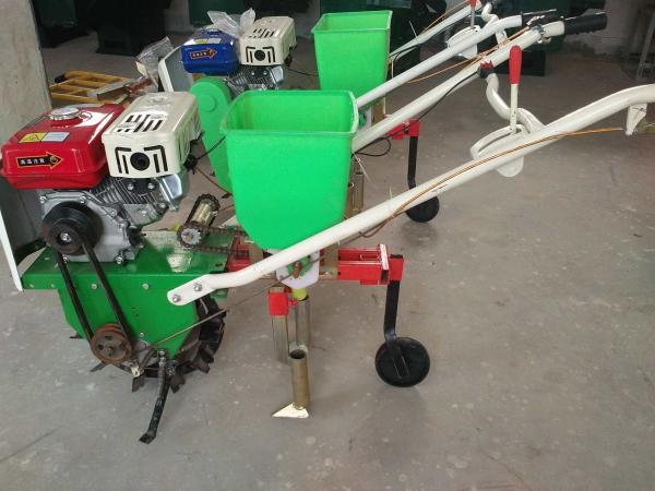 专业定做高效小麦播种施肥机_精密播种机