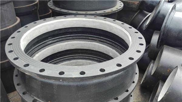 石家庄灵寿县dn900K7球墨铸铁管喷塑加工生产