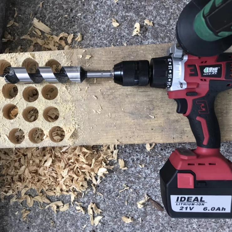 锂想工业级13mm锂电冲击钻大扭矩充电钻使用场景