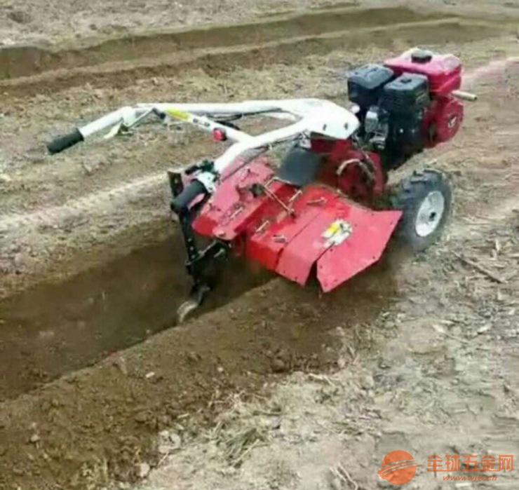 新型开沟起垄机 多功能田园管理机 柴油大葱培土机