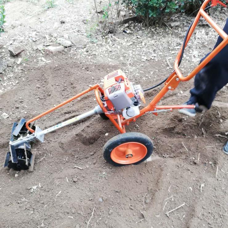 果园除草松土机 便捷式手推锄草机 灵活快速松土机