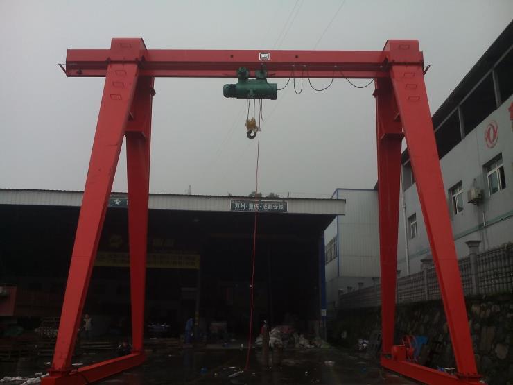 今日报价:克孜勒苏二手2吨龙门行吊那个厂家好