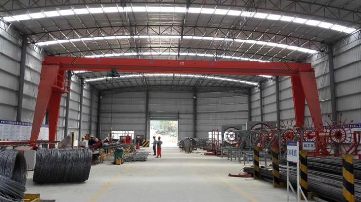 今日报价:信阳10TMH桁架式门式起重机操作灵活