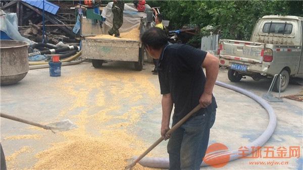 大卡车悬挂式软管吸粮机品牌好矿粉输送机
