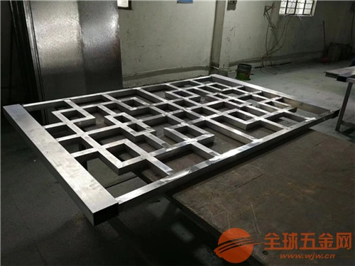 江苏苏州市镂空铝窗花艺术镂空铝屏风