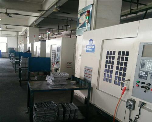 香洲区回收钻攻中心 D14MiB 发那科