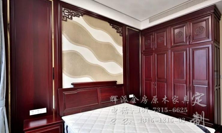 长沙美式原木定制图片、原木背景墙、书柜订做辉派承诺