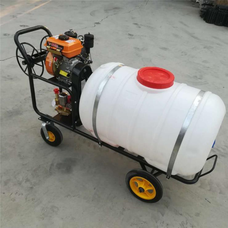 合肥樹林高噴打藥機農用拖拉機帶打藥機