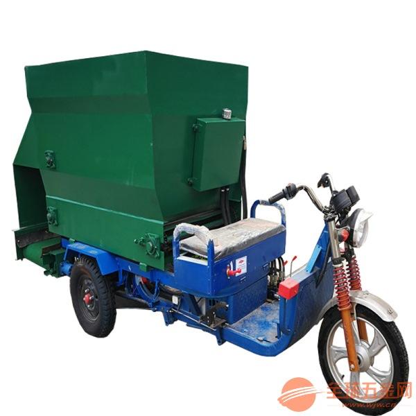 南漳县大型柴油饲料投喂车 不同尺寸可定做撒料车