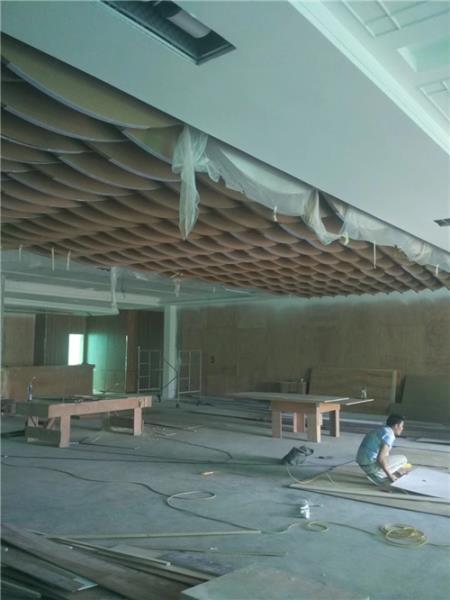 学校弧形铝方通张家口德普龙来图定制总代直销