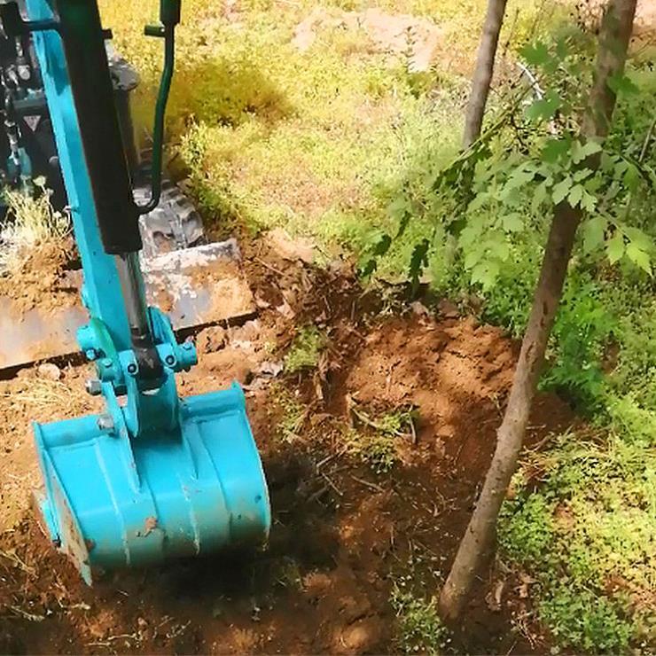 轮式挖掘机/农用轮式挖掘机/兴运输送小型建筑工程挖土
