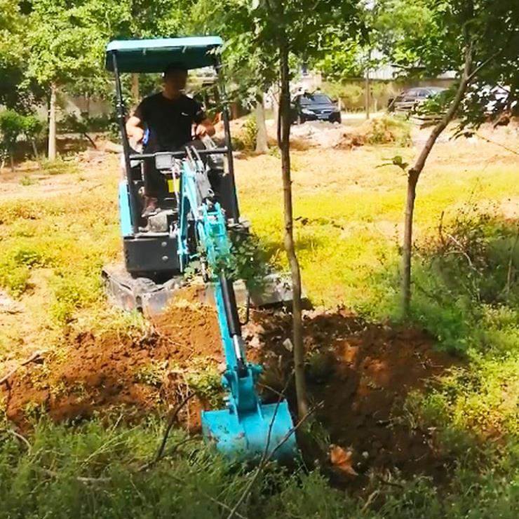 小型挖机/高度定制翻斗式上料机/兴运输送80机械抓木