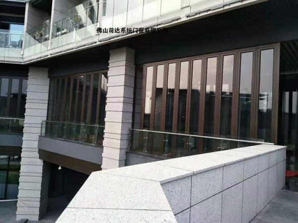 海口别墅大折叠门,别墅门窗,酒店门窗厂家