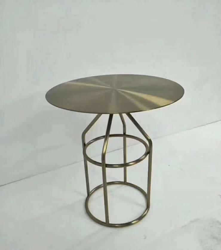 五金桌椅组合 利创客厅时尚家具 烤漆茶几