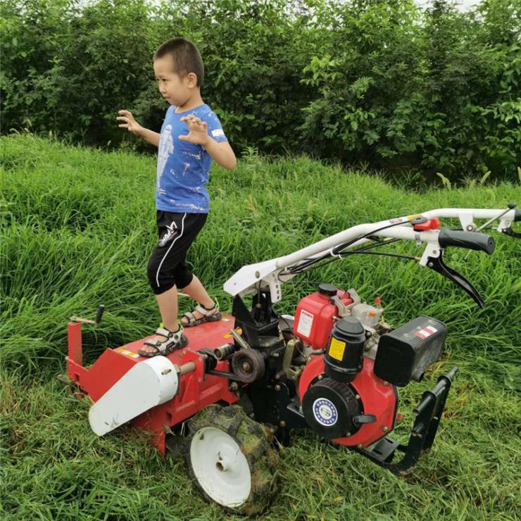 柴油自走式碎草机 高草芦苇草打碎机 秸秆草碎草机