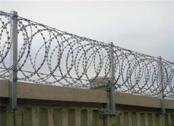 铁路刺绳滚笼的特点有哪些
