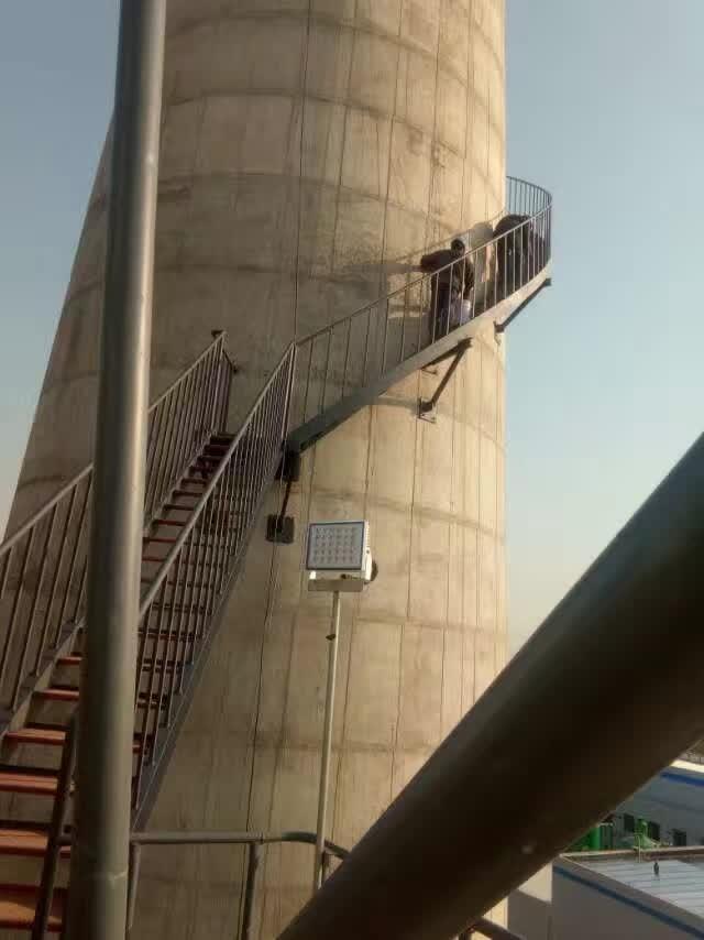 牡丹江水泥烟筒装置爬梯公司√精英团队丨平安工艺
