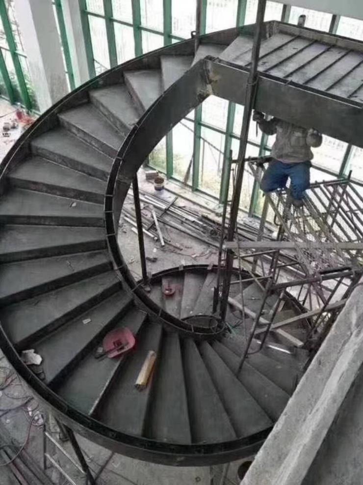 天津水泥烟囱新建公司√行业铁军丨安全工艺