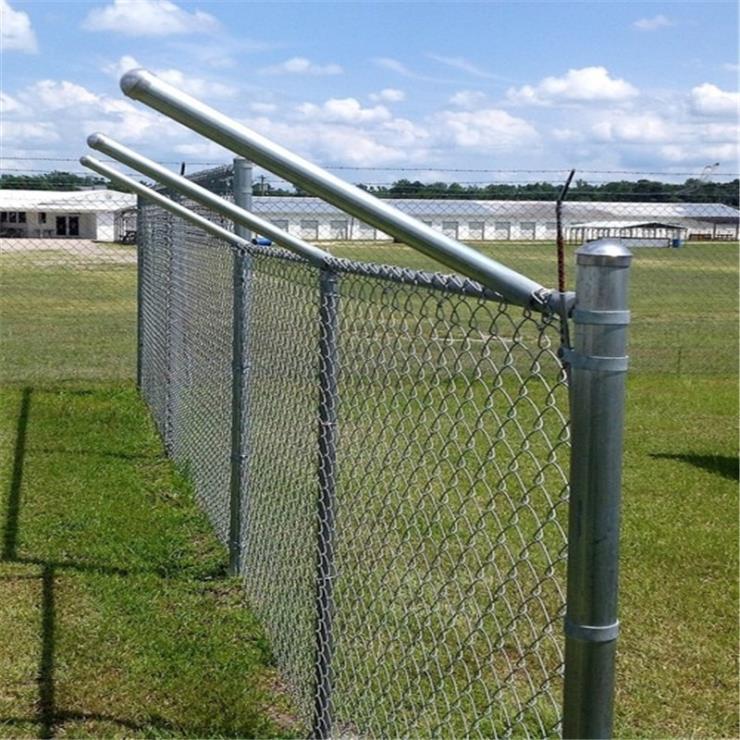 厂家供应绿色pvc勾花网,铁丝网,体育护栏