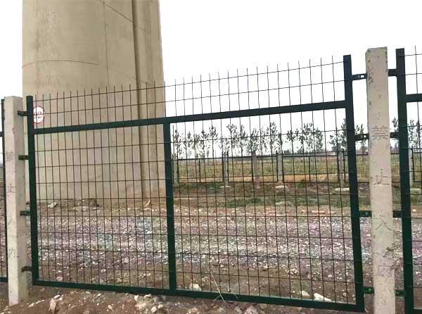 厂家供应铁路防护栅栏 框网 框架护栏