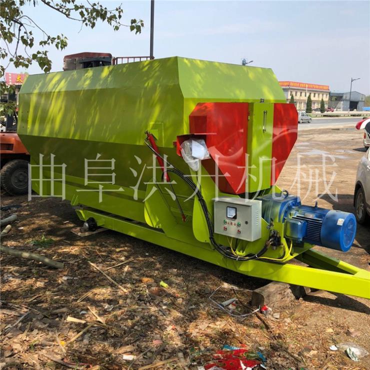 江门3立方柴油撒料车撒料车工作视频