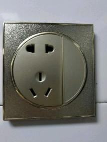 电工上门维修灯具浴霸