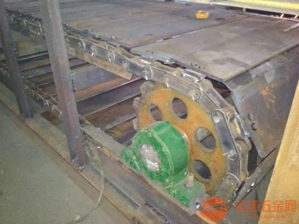 大倾角链板输送机耐用链板输送机图片