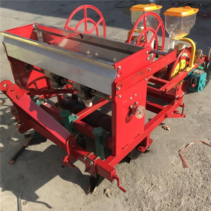 自走式玉米脱粒机自动上料新型玉米脱粒机
