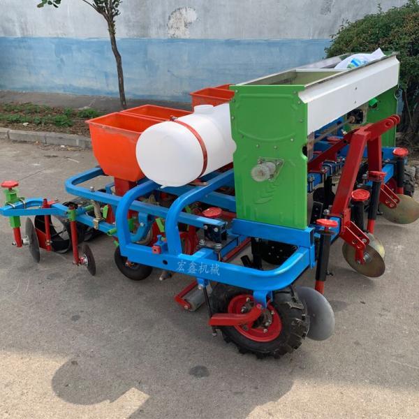 大豆鋪膜播種機 隨州 拖拉機帶玉米花生起壟施肥噴藥鋪蓋膜播種機廠家