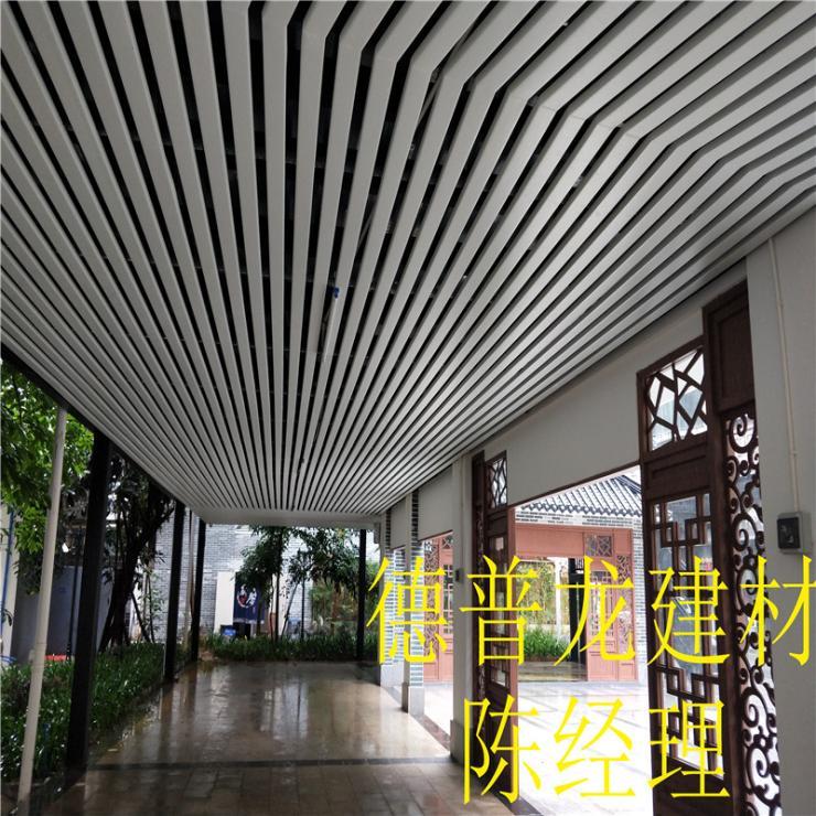 门头造型西双版纳氟碳铝型材产品