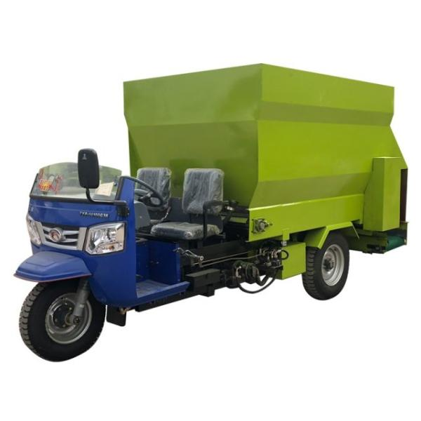 柴油双排座撒料车 多种容量定制喂料车 电动撒料车