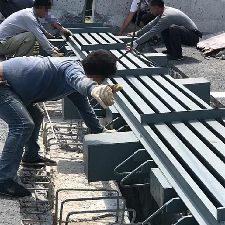衡陽南岳區橋梁梳齒型伸縮縫實時為您購買