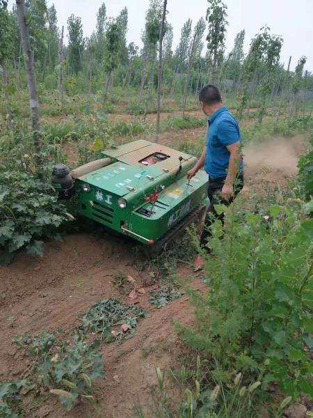 中江县回填可以培土履带开沟机自走式旋耕机视频