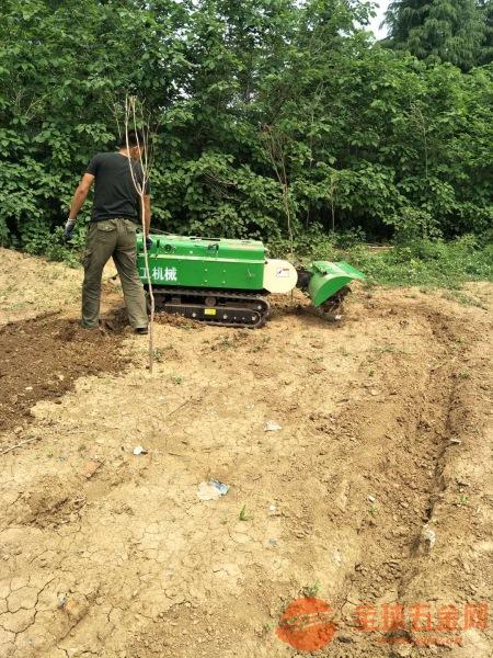 丰镇果园专用施肥机有几大功能