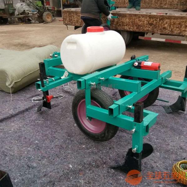 遵义自产自销花生种植打药覆膜机 微耕机带喷药覆膜机 多少钱一台