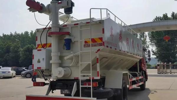 30立方鸡场饲料运输车每日更新价格表_环保饲料运输车