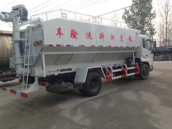 6吨猪场饲料运输车报价_能上牌的饲料出料车_售后服务