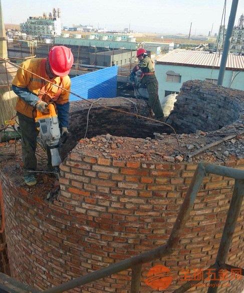 新闻:庆阳人工拆除烟囱公司哪家价格便宜