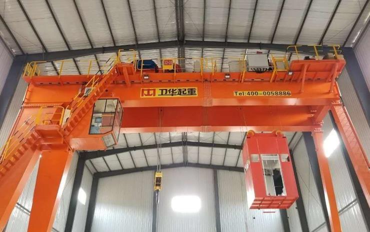 常州雙梁吊:100+100噸梁場架橋機