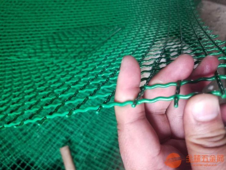 伊犁州双边丝护栏网价格