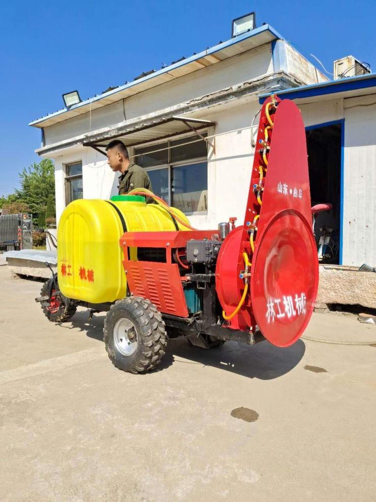 小型风送式三轮打药机 塔式喷雾机 盘式林工果园打药机
